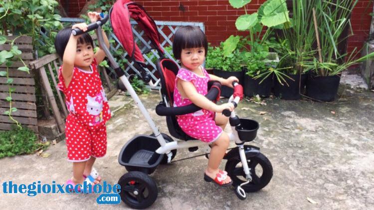 Xe đạp 3 bánh trẻ em 313 giúp các bé có thể tự chơi