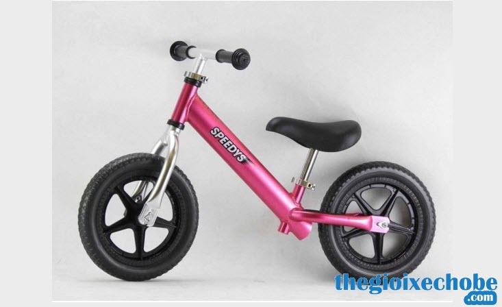 Xe thăng bằng cho bé Speedy S màu hồng