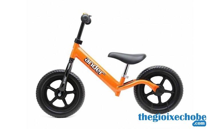 Xe thăng bằng cho bé Ander Basic màu cam