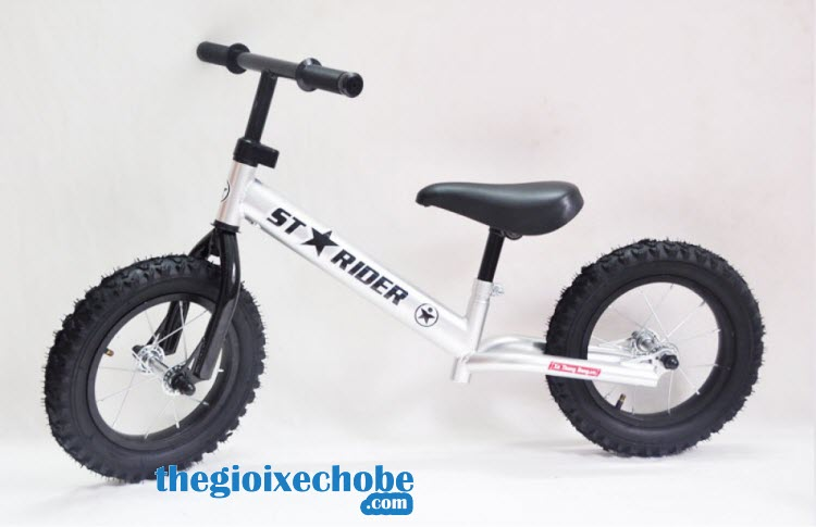 Xe thăng bằng cho bé Starider Racing màu trắng