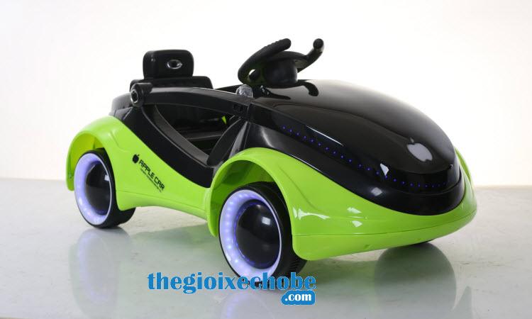 Xe ô tô điện trẻ em MG-158 màu xanh lá cây
