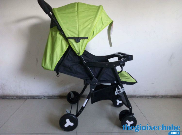 Xe đẩy cho bé Seebaby QQ3 màu xanh lá cây