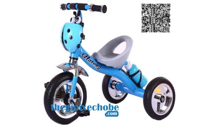 Phía ngang xe đạp ba bánh trẻ em 158 màu xanh dương