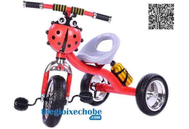 Phía ngang xe đạp ba bánh trẻ em 158 màu đỏ