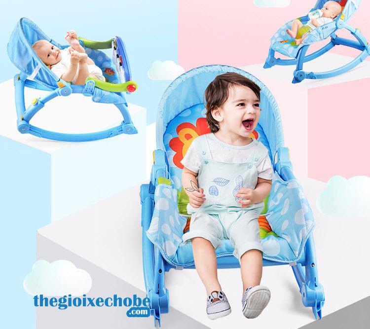 Nôi em bé 3689-EF có chỗ nằm rộng rãi thoải mái cho bé nằm chơi