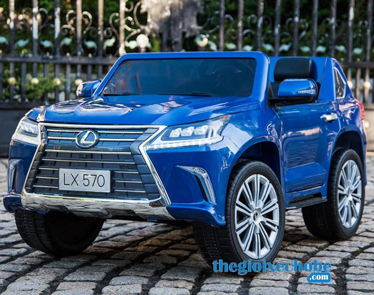 Xe ô tô điện trẻ em LX-570 màu xanh