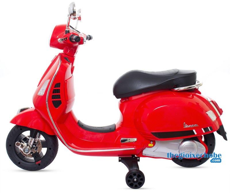 Xe mô tô điện trẻ em Vespa Q168 màu đỏ