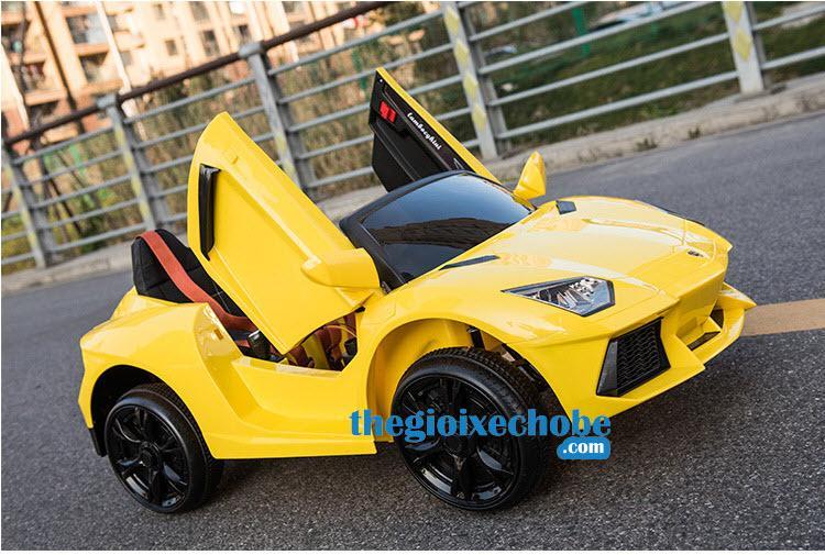 Xe ô tô điện trẻ em Lamboghini BBH-718
